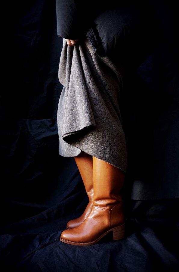 A.P.C. ( FRANCE ) IRIS BOOTS www.lancah.com