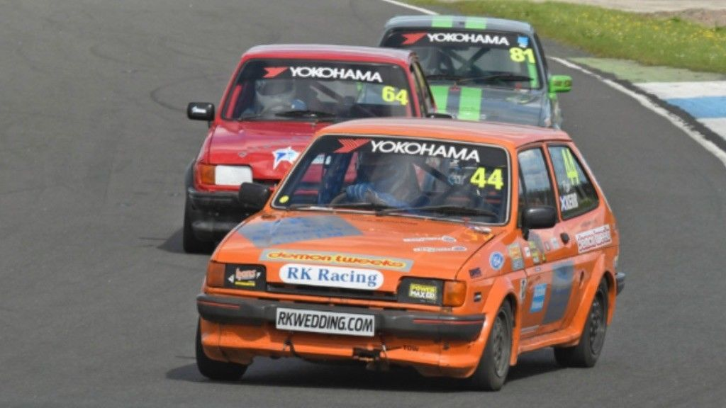 This ford fiesta xr2 track car is for sale.   Fast Fords ...