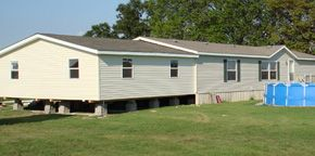 Mobile home addition on pinterest mobile home exteriors for Mobile home room addition