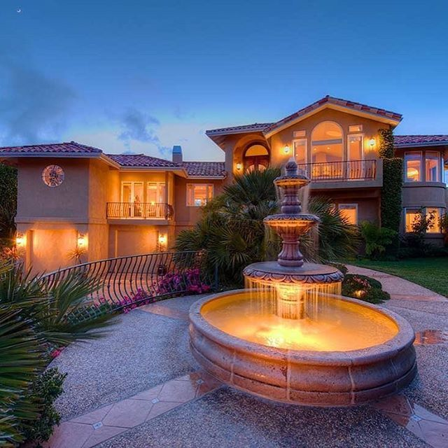 Soulmate24.com VILLA DEL SOL #california. #mansionhomes #realestate… #luxe #luxurylife #luxuryhome #estate #mansionhomes Mens Style