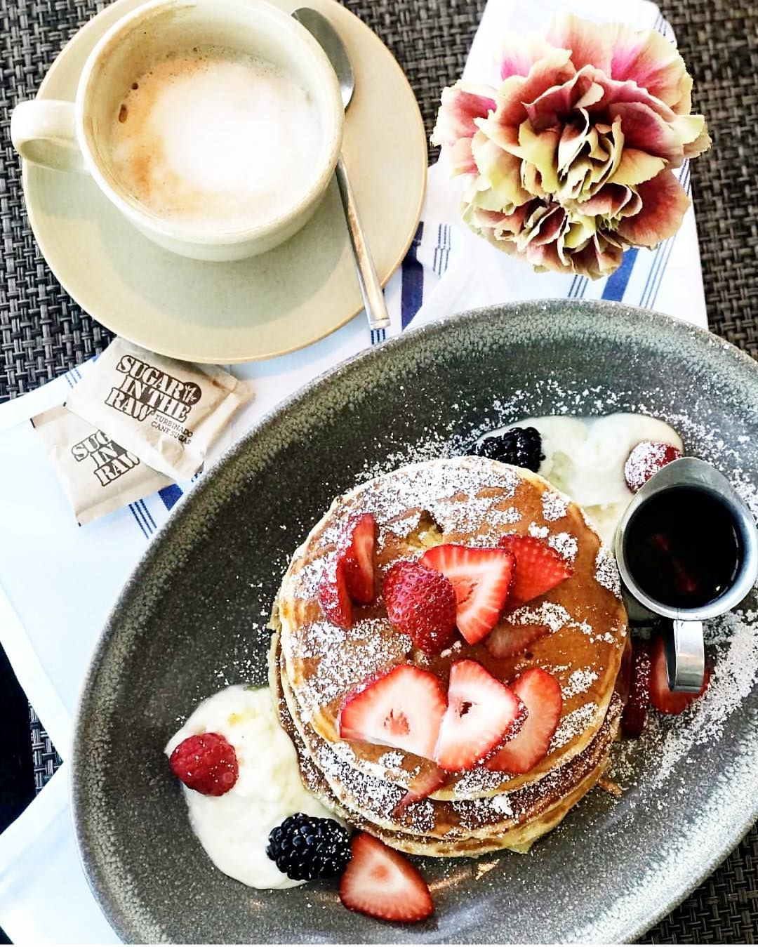 Wake Up Late And Get Breakfast At The Best Brunch Spots In
