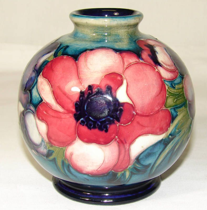 Vintage Walter Moorcroft Pottery Anemone Vase C1945 49 Anemone