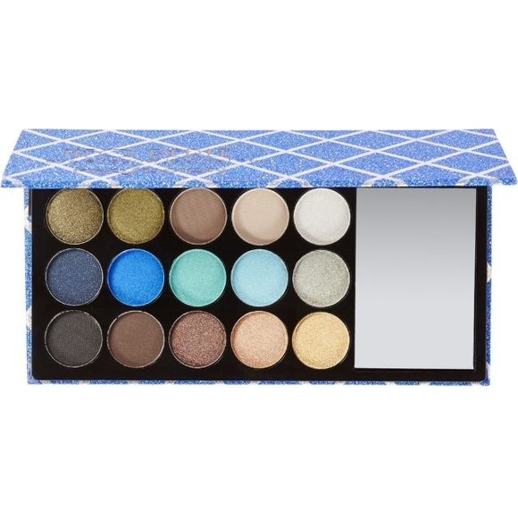 Profusion neo perle eyeshadow palette NWT. Never even swatched. Send me an offer heard nothing but good reviews on this product but have a lot of eye shadows and palettes so trying to downsize & make a lil money in the process lol Profusion Makeup Eyeshadow