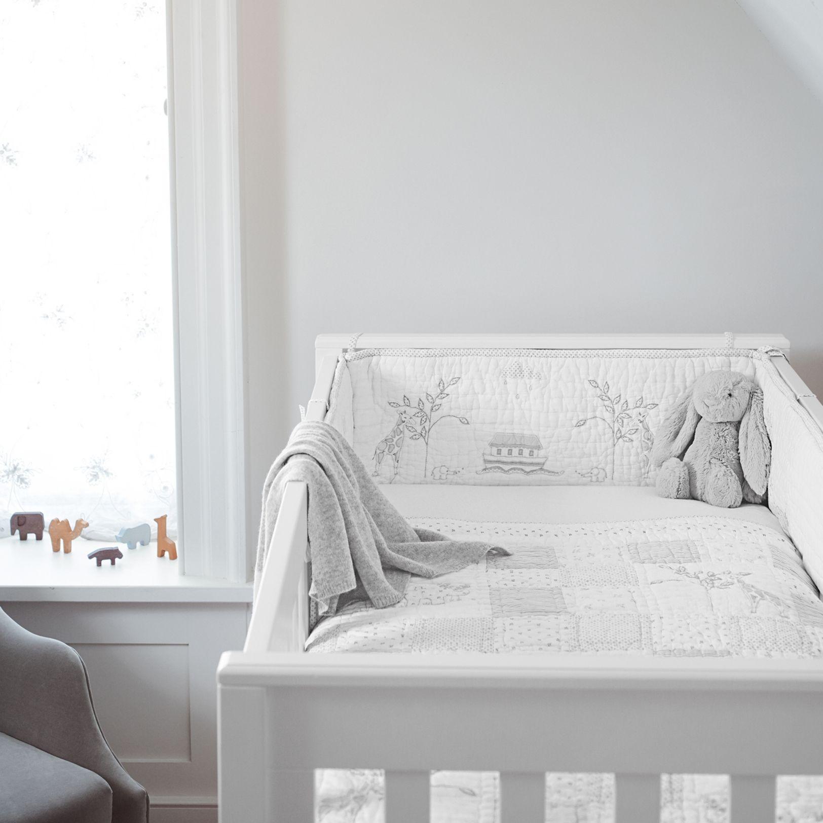 Zimmerfarbe stil noahus ark cot bumper  nursery  the white company uk  nursery