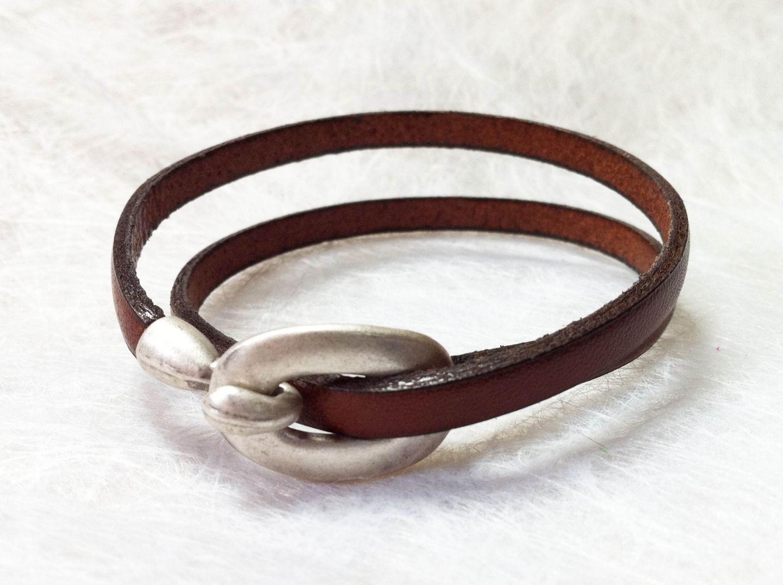 Bracelet Cuir plat Marron et Petit Fermoir Oval crochet Original