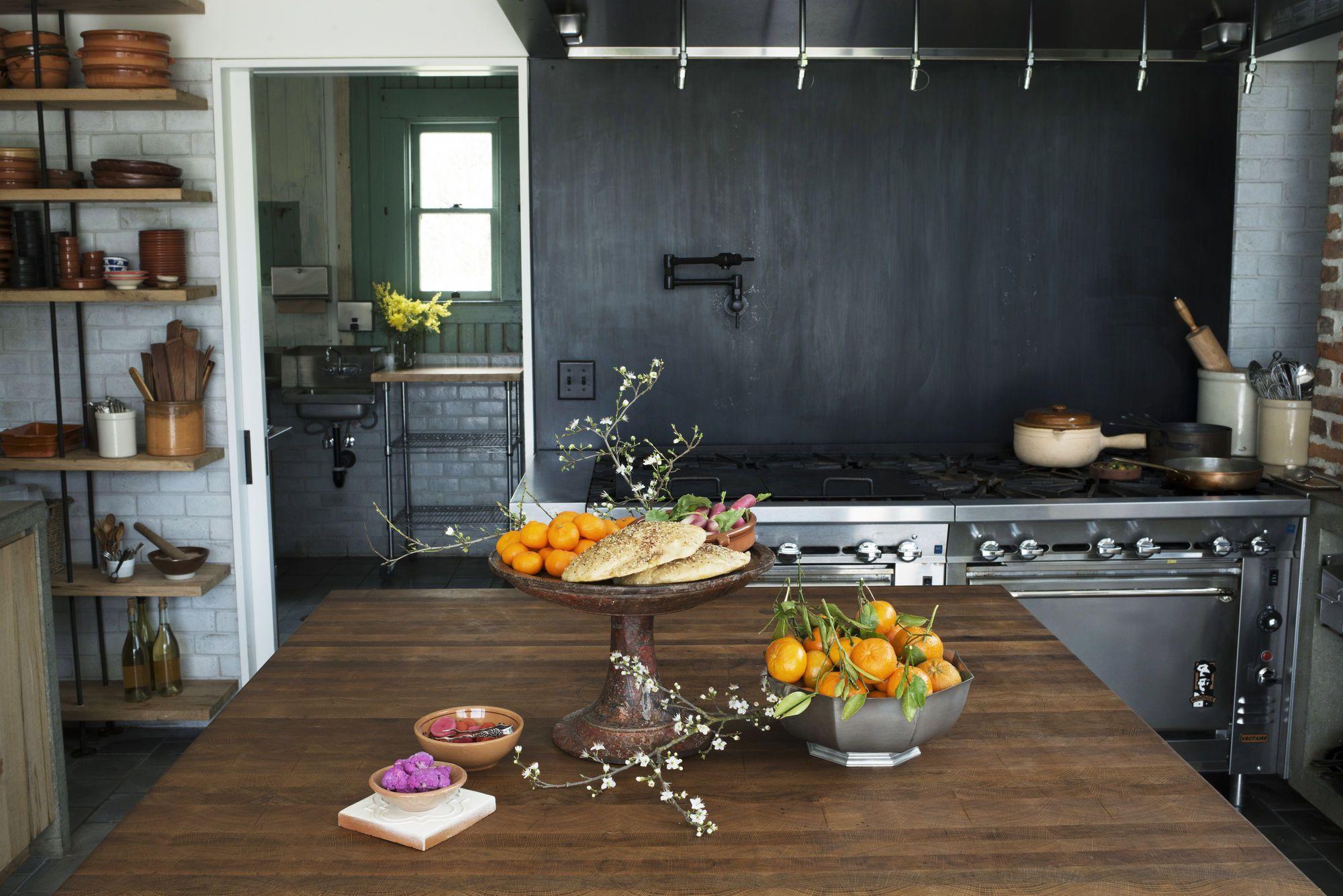Kitchen of the Week: A Hacienda Kitchen in Sonoma's ...