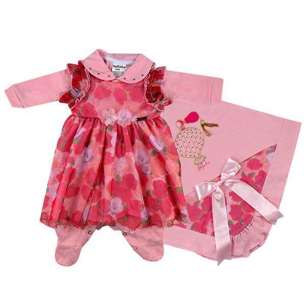 cb94bbe0d Com inspiração das perfumadas roseiras foi criado o kit Saída Maternidade  Larissa. Com vestido florido