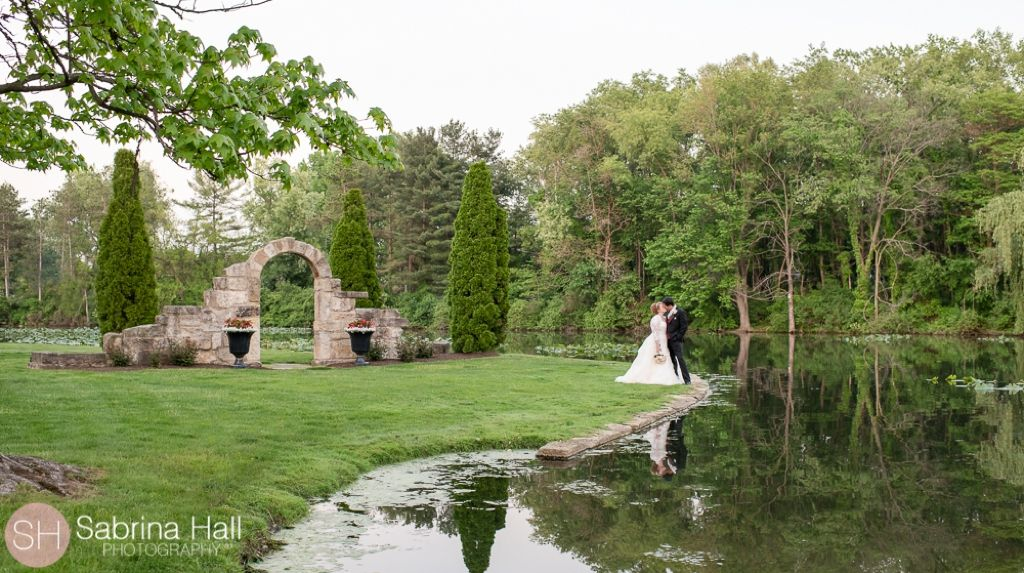 Gervasi Vineyard Wedding Sabrina Hall Photography Canton Ohio Wedding Vineyard Wedding Wedding Ohio Wedding