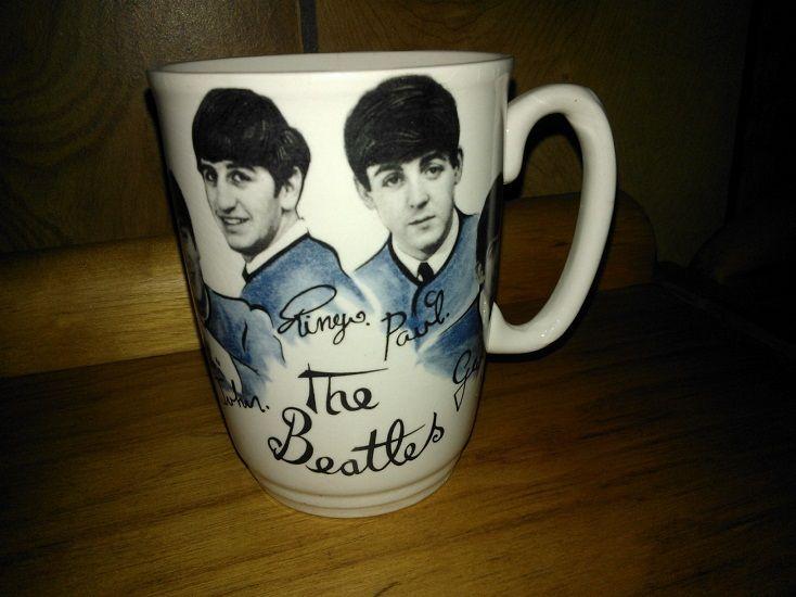 1960 S Beatles Mug Must Cost A Ton By Now Mugs The Beatles Beatles Memorabilia