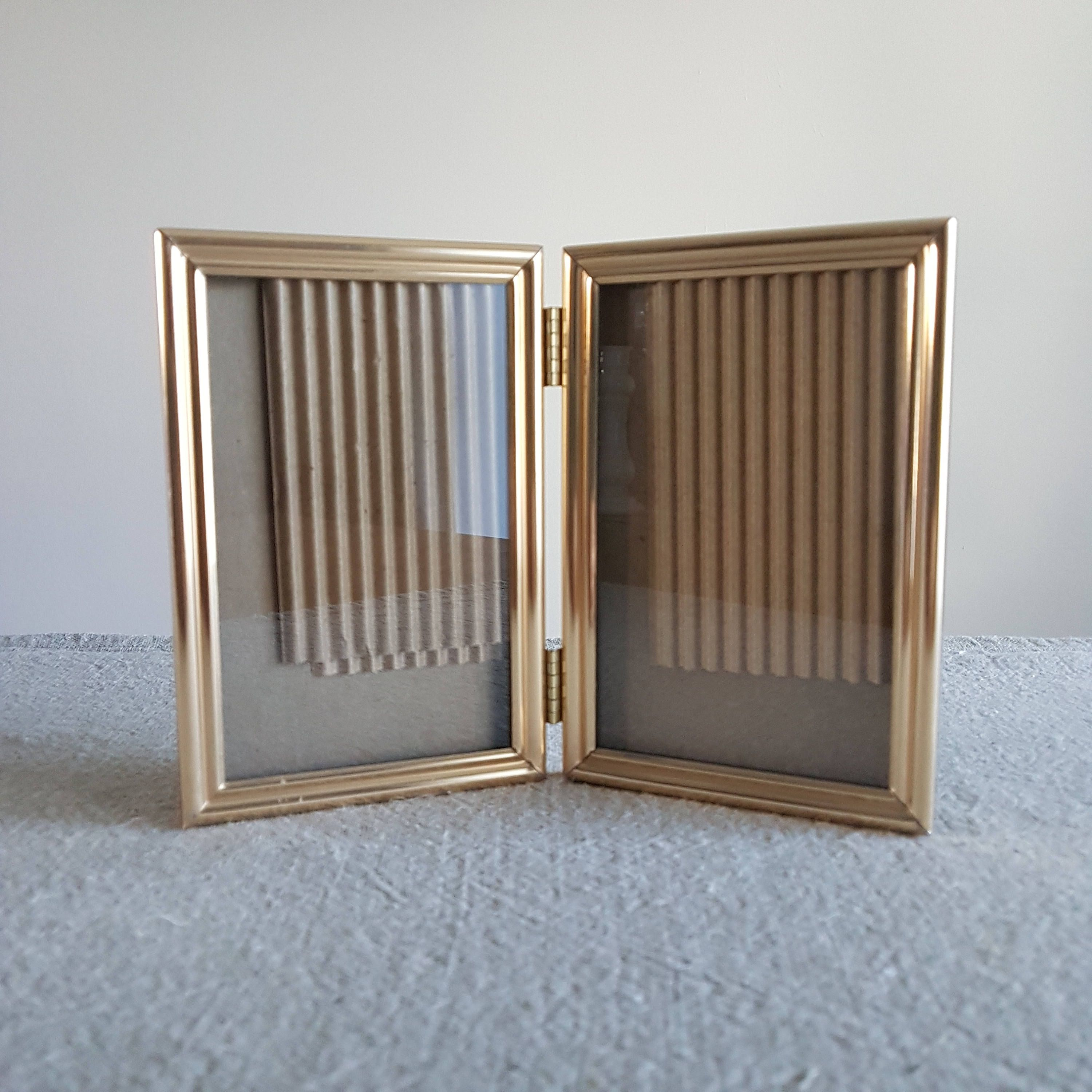 4 X 6 Hinged Folding Solid Brass Picture Frame 10 X 15 Cm