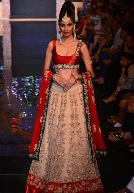 15 Top Designer Indian Engagement Dresses | Wedding dress and Wedding