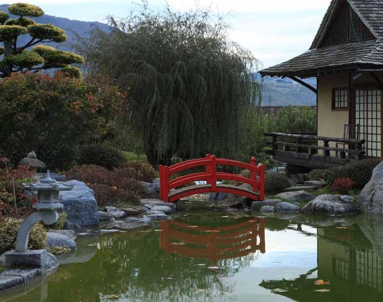 Pont Rouge Jardins Jardin Zen France