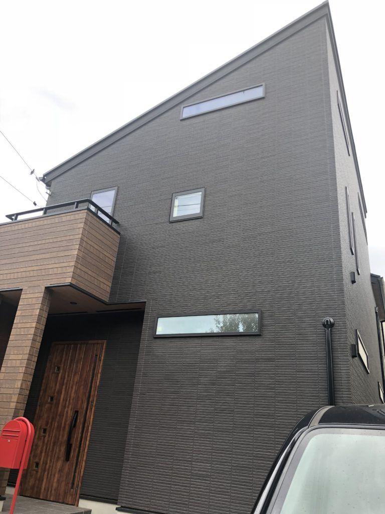 家の外壁が黒いと暑い 汚れる 新築し1年住んでわかった長所 短所 家