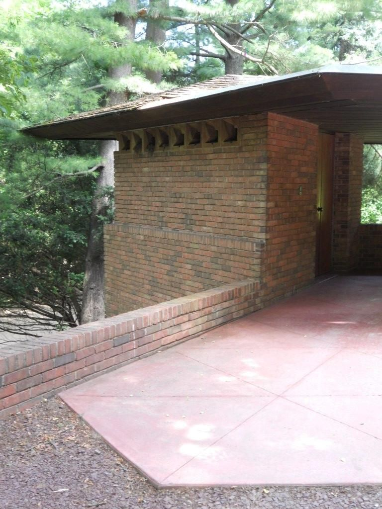 William and Mary Palmer House. Ann Arbor, Michigan. Usonian. Frank Lloyd Wright