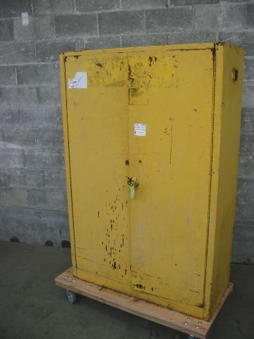 Second Use Seattle >> 245 At Second Use Commercial Flammables Cabinet Second