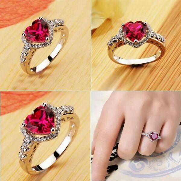 ♥ Glitering Ruby Heart Cubic Ring