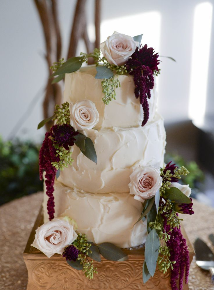 Wedding Flowers Utah County : Wedding cake rose gold maroon and green blush pink