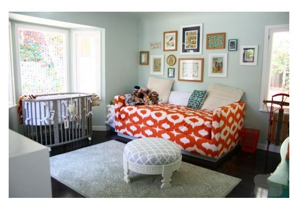 Autumn Reeseru0027s Nursery Looks Amazing! Love The Stokke Crib And Big Comfy  Couch.
