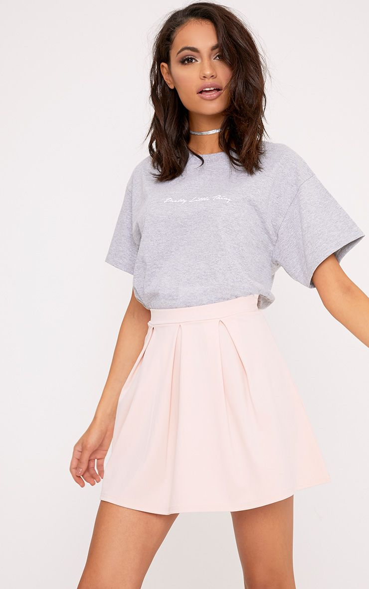 4dd00fc4d0 Top 12 Style Ideas to Wear Skater Skirt  Fashion Guide  skater  skirt   outfit  fashion