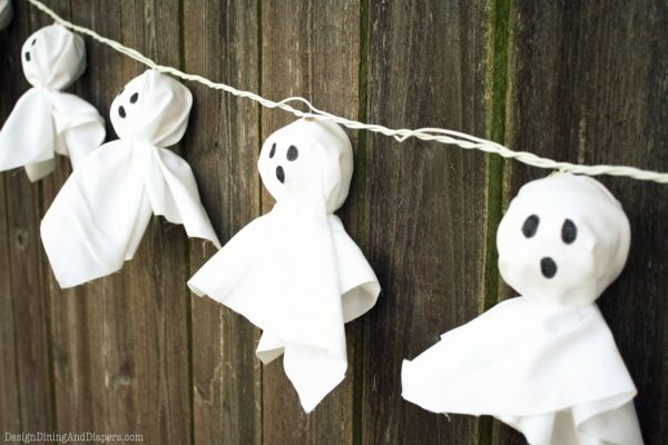 Illuminated Ghost Garland Front porches, Mantle and Garlands - cool halloween decorations you can make