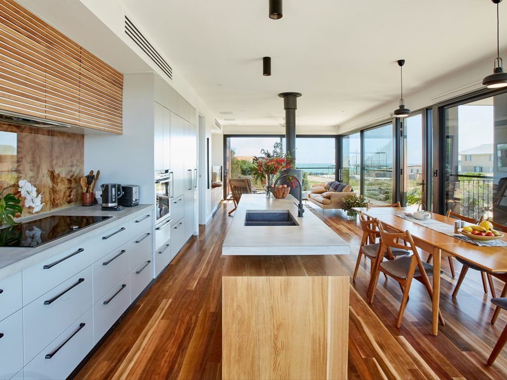 A Grand Designs Beach House With A Difference at Aldinga ...