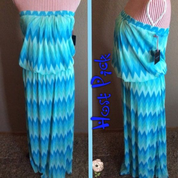 "CHEVRON  DRESS ""HOST PICK"" BEAUTIFUL BLUE/GREEN CHEVRON STRAPLESS  DRESS..NWT..JUST IN TIME FOR THAT SUMMER.....SIZE LARGE..GATHERS AT THE WAIST.....💖💖ESSENTIAL STYLE HOST PICK5-29-2015 chosen by @honeyboo04. C-1 Dresses"