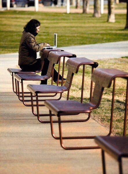 Lap Top Mobiliario Urbano Cadeiras Ao Ar Livre Urbanismo