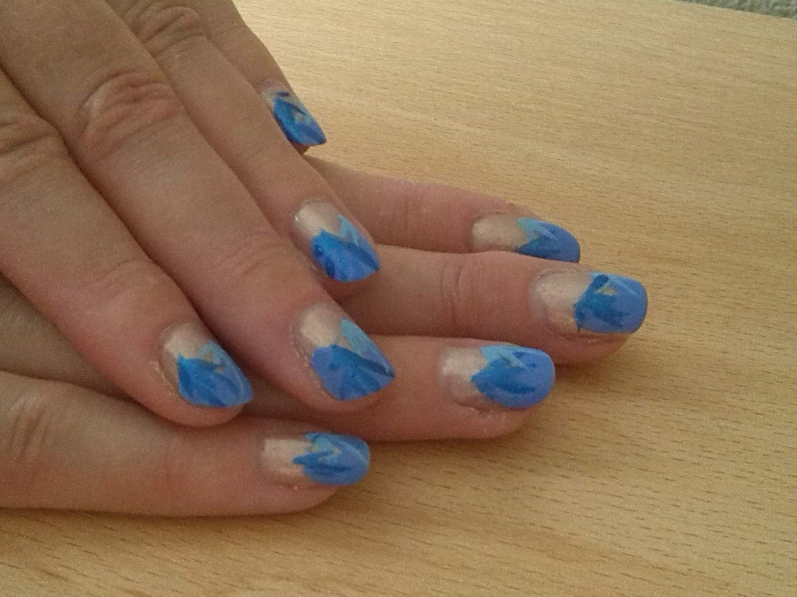 Blue Two Cloured Leaves Specialty Nails Nail Art Nails