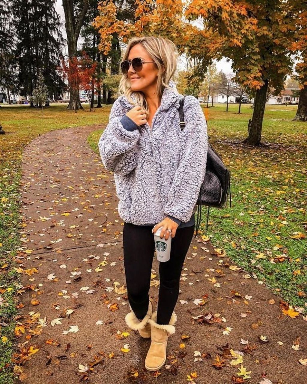 39 Cozy And Cute Winter Outfit With Legging #casualfalloutfits