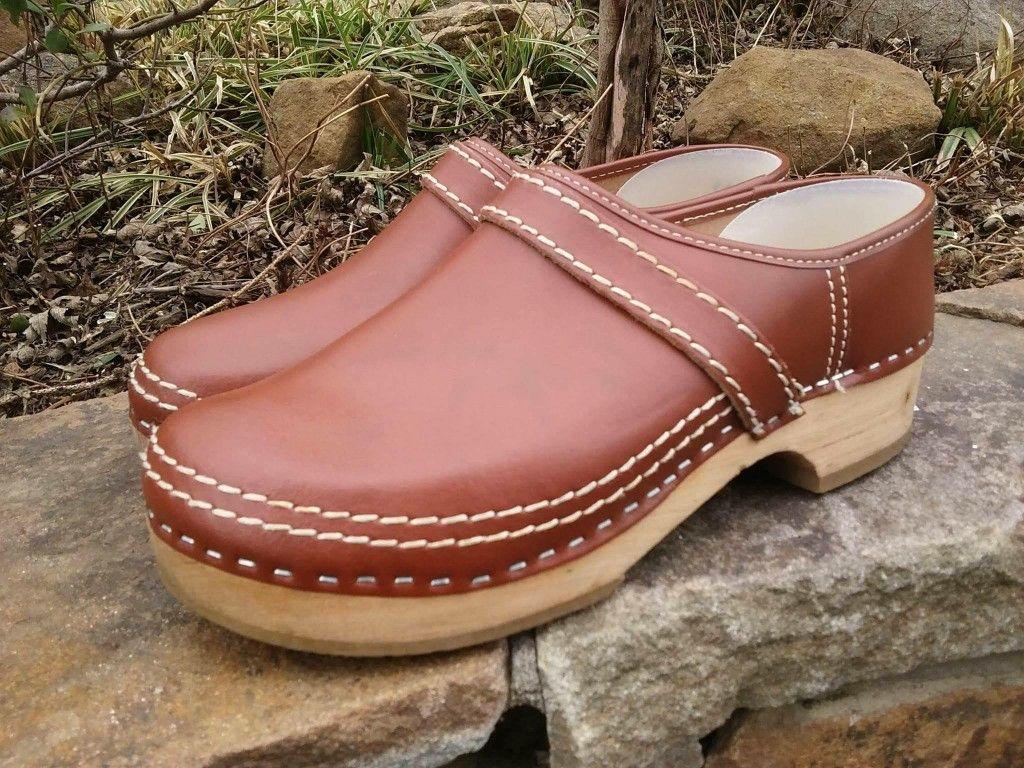 Simson clogs | Clogs, Italian shoes