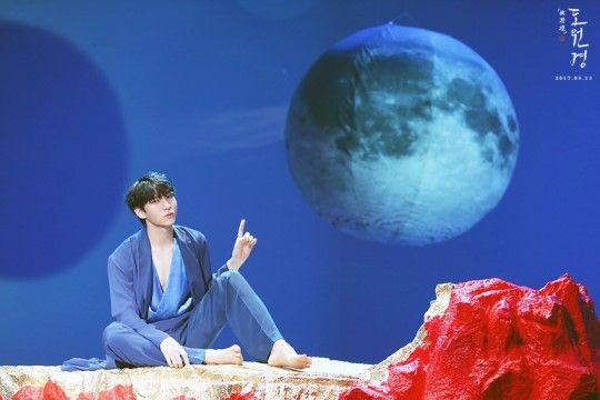 """[스타캐스트] """"명.불.허.전""""…아름답고 따뜻했고 신비로운 빅스의 '도원경(桃源境)' MV 촬영 현장 속으로! :: 네이버 TV연예"""