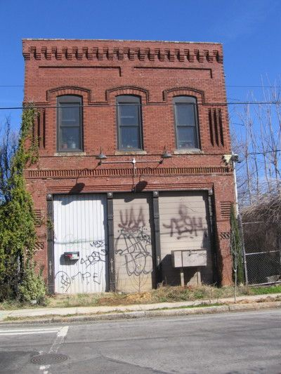 Abandoned Brick Building I Would Love To Find A Building