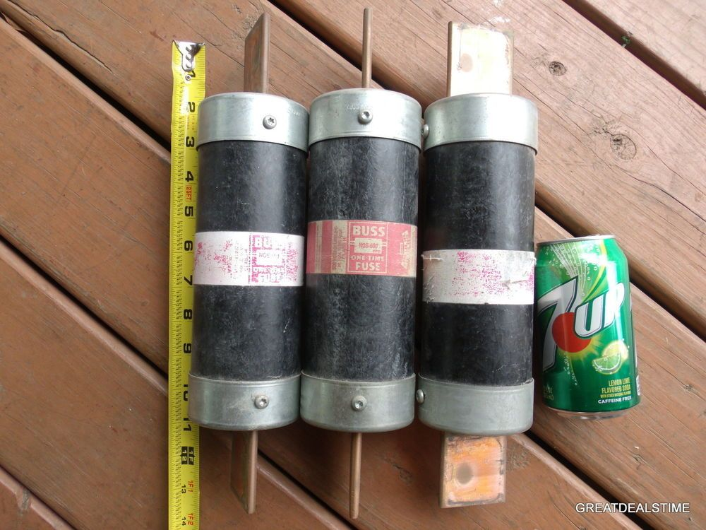 Lot of 3 fuses 600 amp 600 volt one time 3 nos600