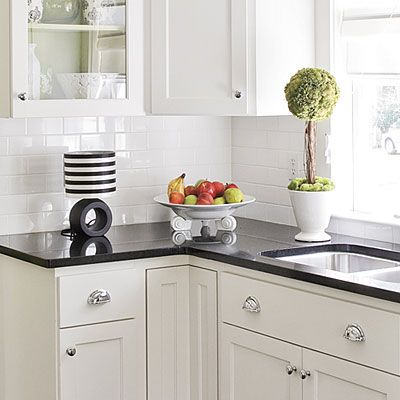 Style Secrets For Eat In Kitchens Tile Countertops Kitchen Kitchen Tiles Kitchen Backsplash Designs