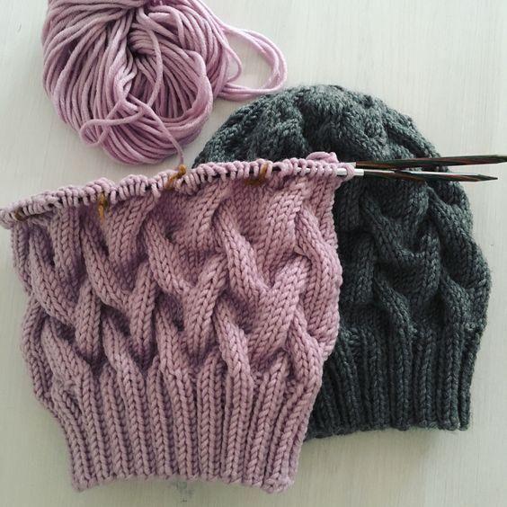 Photo of #knitting #stricken #mütze #für #meine  An den Nadeln für meine Mützenkollek…