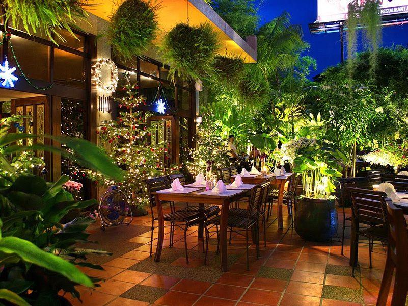 Beautiful Outdoor Garden Layout Luxurious Restaurant ...