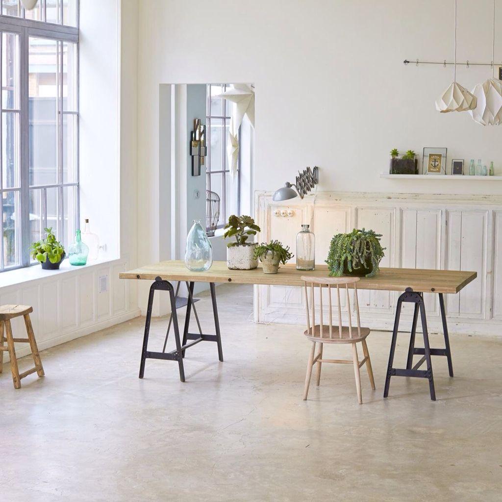 Table Sur Treteaux En Metal Et Plateau En Pin Dining Room Industrial Furniture Table