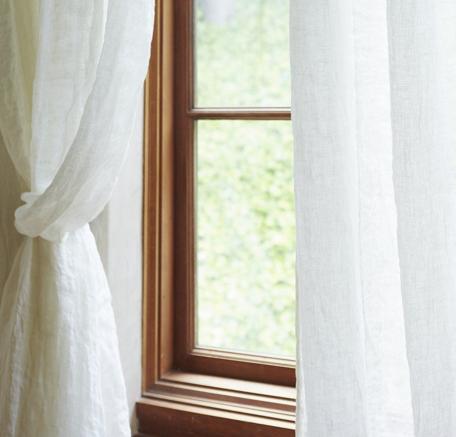 Light-Weight See Through Curtain