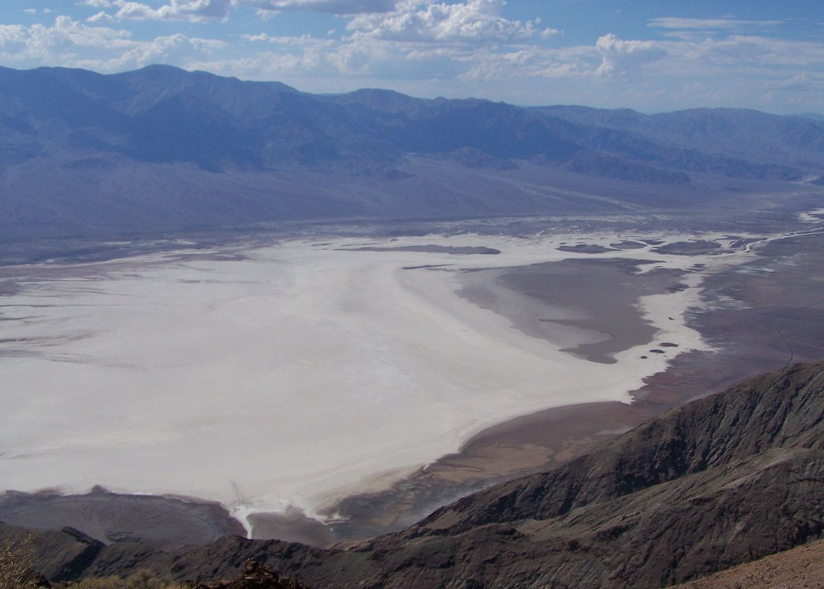 Til That Badwater Basin Lowest Point In North America And Mount Whitney Highest Point In The Lower 48 Are Only About 85 Miles Today I Learned 2 Death