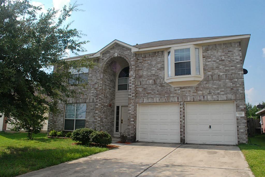 722 Regional Park Dr, Houston, TX 77060 Cottage