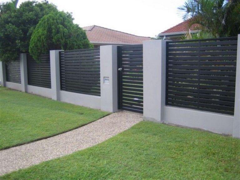 45 Unique Modern Fence Design Ideas To Enhance Your Beautiful Yard Modernfence Fencedesign Backyard Modern Fence Design Modern Fence Fence Design