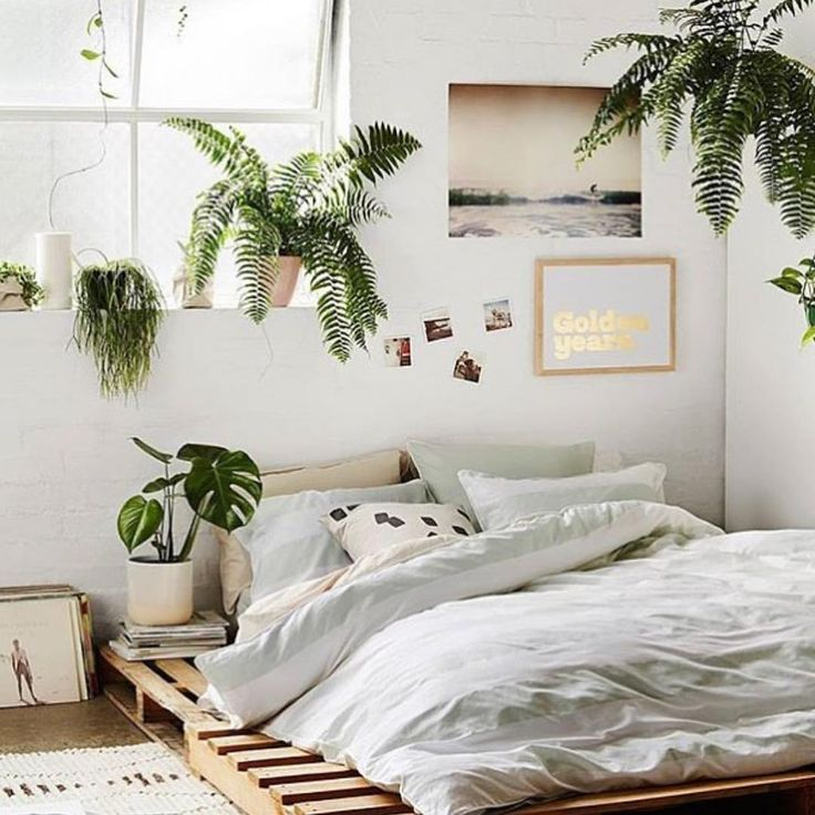 Bedroom chambre home homedecor interior greenery neutraldecor palette plants plan home pinterest instagram bedrooms and flats