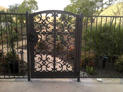 Pin By Vickie Sovereign On Garden Iron Garden Gates Wrought Iron Garden Gates Ornamental Iron Gates