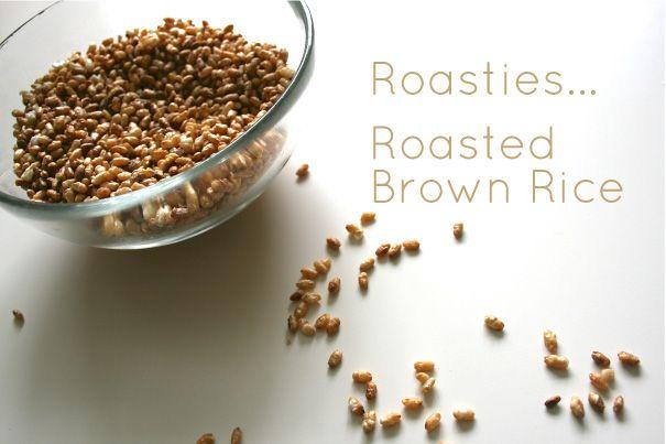 Roasted (sweet) Brown Rice - crunchy, salty, healthy snack!