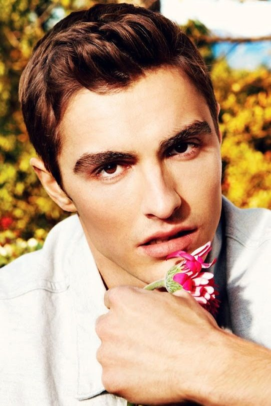 Those eyes. Those lips. The hair. Dave Franco everyone!