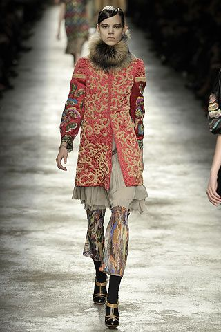 Dries Van Noten Fall 2008 Ready-to-Wear Collection Slideshow on Style.com 3