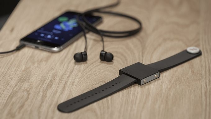 The Basslet: a wearable subwoofer for your body by Lofelt — Kickstarter