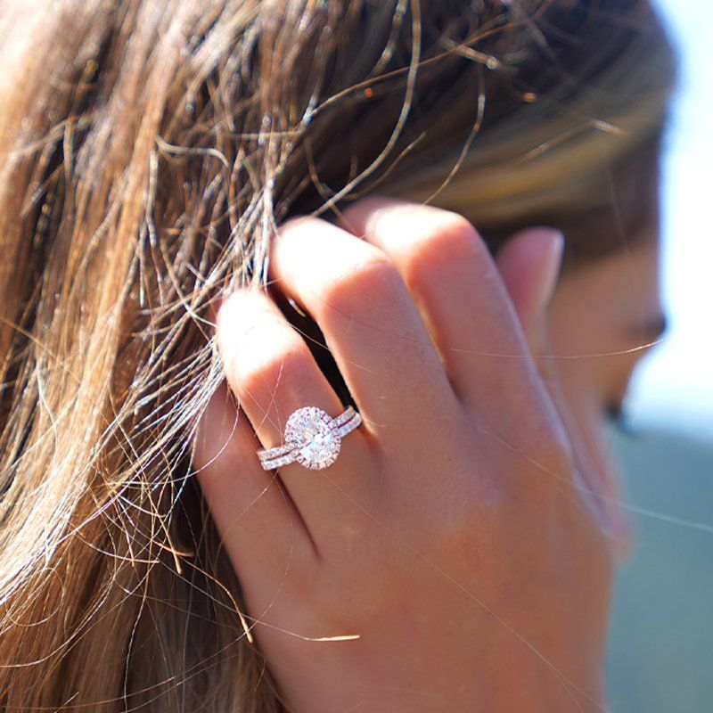 How to Wear Wedding Rings in 2020 (With images