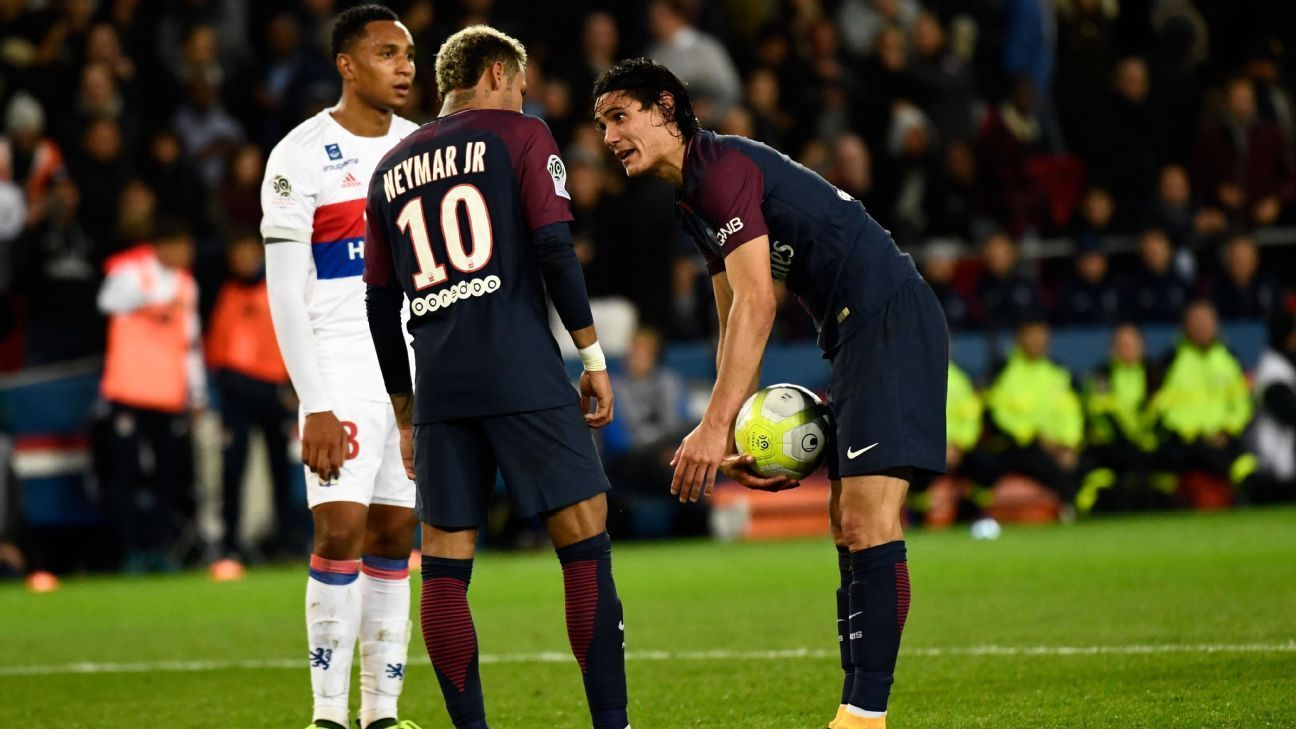 No Rift Between Neymar And Edinson Cavani After Penalty Row Psg President Neymar Neymar Jr Psg