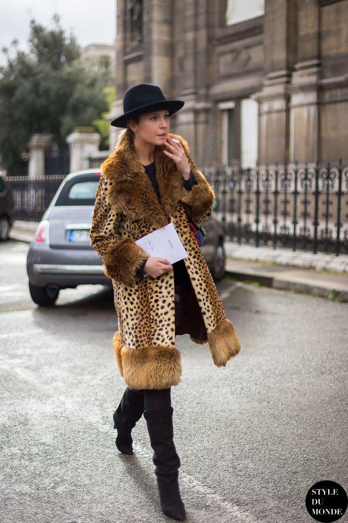 leo love. #SophiePera in Paris.